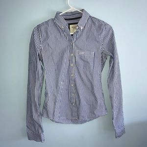 Abercrombie & Fitch blue and white shirt